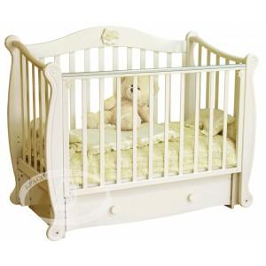 Детская кроватка Можга (Красная звезда) Валерия С-707 декор №22 Мишка на облаке (маятник продольный)